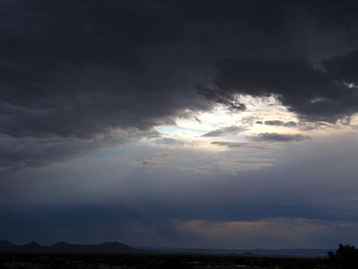 sunset clouds, santa fe, new mexico, august 6, 2003, canon powershot g5.